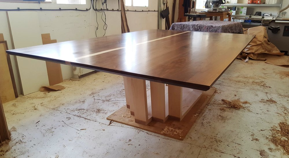 Heliconia_Furniturte_WalnutMaple_DiningTable_Assembly (1).jpg