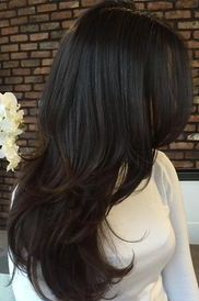 One colour brown hair with limited texture. Looks flat.
