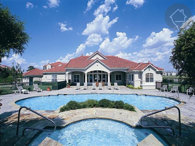 Crescent Cove at Lakepointe Click for Pricing