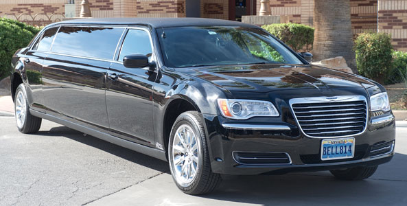 Luxury Limo Airport Meet & Greet - 6 Passenger Stretch Limo, 8 Passenger Super Stretch Limo