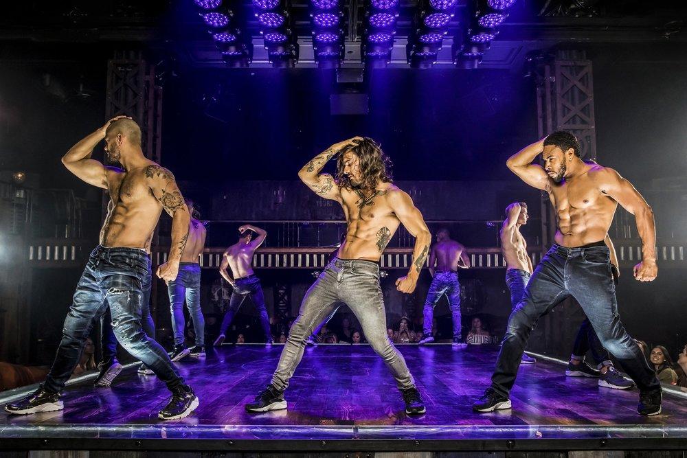 tmp_A8HR3g_4bb73077a4bba8f0_Sebastian_Gonzalez_Ryan_Pires_and_JD_Rainey_perform_in_MAGIC_MIKE_LIVE_Las_Vegas_Credit_Jerry_Metellus.jpg