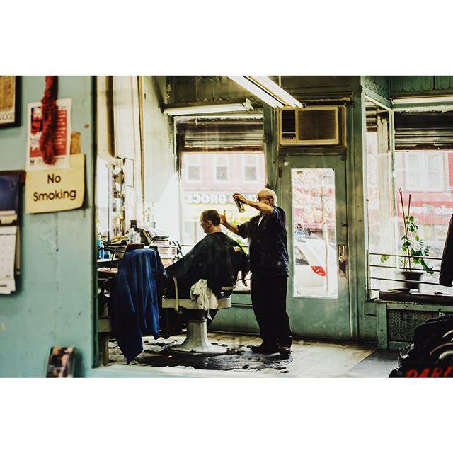 The legend, Tony Garofolo, who runs the shop since the mid-1960s. ✂️💈 Tony's Park Barber Shop💈#sunsetpark #brooklyn #newyork #nyc #vsco #vscocam #brooklynitehawk #vscox