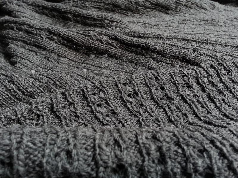 Tucks and Ribs 3 | 100% Wool