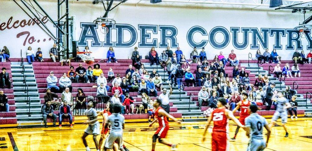 Navarre Basketball Varsity 6.jpg