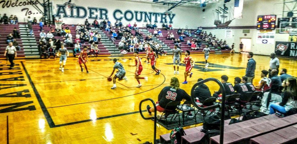 Navarre Basketball Varsity 8.jpg