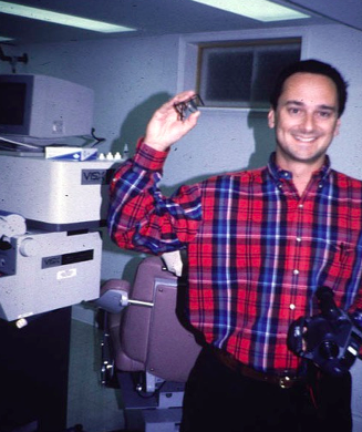 Dr. Rubinfeld after his laser vision correction procedure in 1995.
