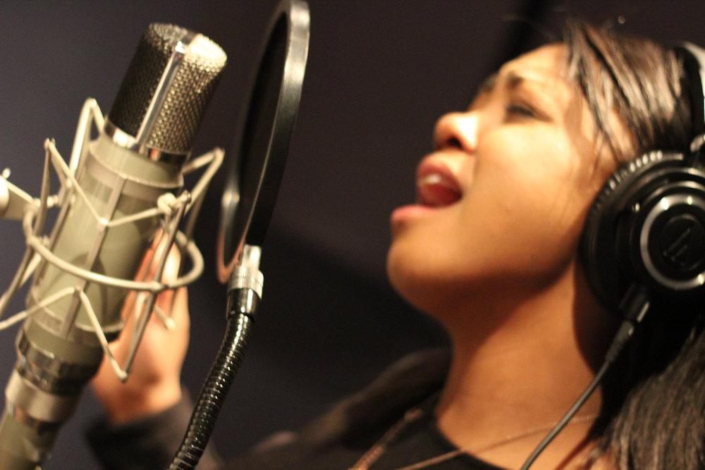 Sarina-Joi Crowe - Disco Slam sessions