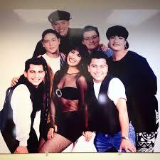 Selena y Los Dinos2.jpg