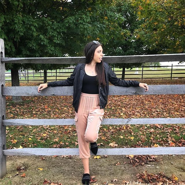 Taking in the crisp Fall air 🍂🍁🍃 #NewYorkState #FallVibes #JoinTheJourney