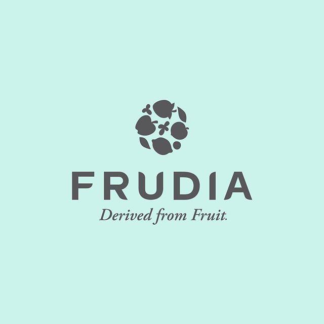 Derived from fruit 🍉🍒🥑🍅🥥🍍🍋 #frudiaUSA . . . . #frudiaUSA #faceforward #fruit #fruitforward #beautyblogger #instapic #instabeauty #beauty #beautiful #ny #nyc #instagood #instalove #instadaily #instalike #skincare #skin #blog #kbeauty #korea #pore #moisturizer #beautyaddict
