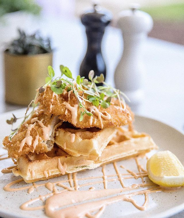 🇺🇸Celebrate your independence this July 4th with the most American thing we could think of... Chicken and Waffles🇺🇸