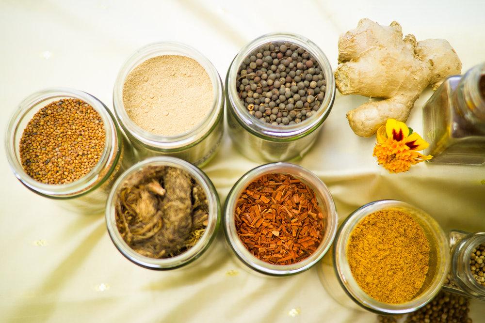 BOTANICAL MEDICINE & HERBS