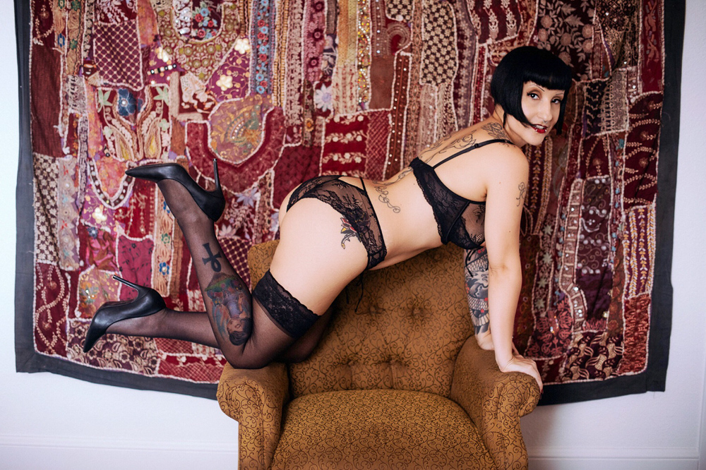 New Orleans Kinky Busty Escort Zorah Matta