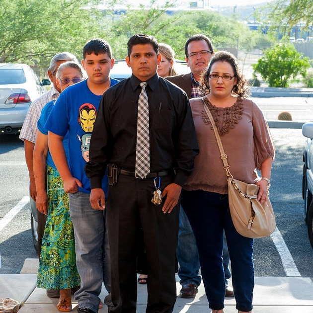 How a church found a loophole to protect an undocumented father - MSNBC