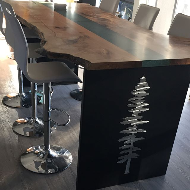 The newest edition to the Willow Groove in stock items. Spalted maple live edge with crushed glass and featuring gable end aluminum trees!! #liveedge #liveedgetable #maple #dining #diningtable #diningroom #custom #oneofakind #yyj #westcoast #whowantsone #functionalart #art #design #homedesign #interiordesign #willowgroove #spoilyourself #contemporary