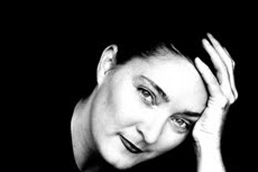 Leisa Shelton [VIC]