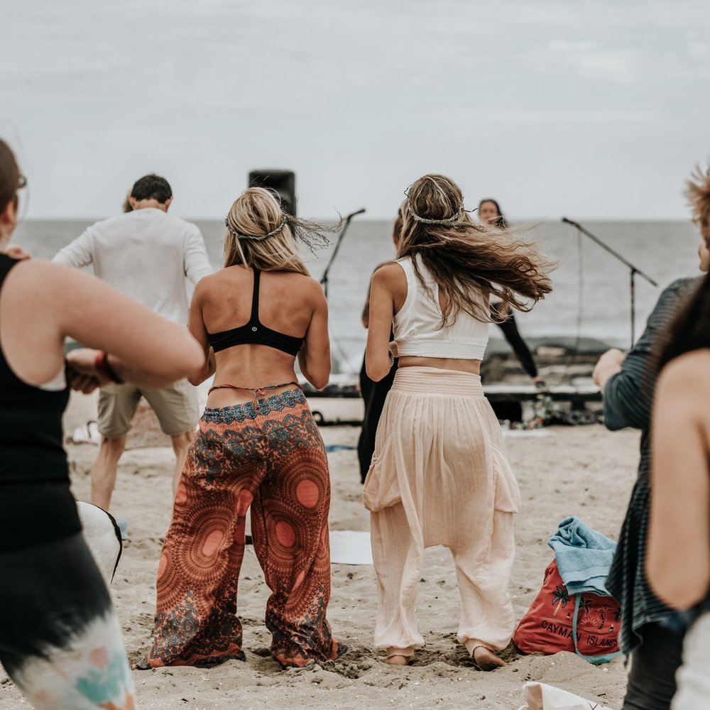 I Love…. - << yoga, sunflowers, my pup Toby, talking to the trees (yes you read that right), pasta, fire, walking barefoot, dancing, the beach, the sun, community, massages, plants, sage, snowboarding, high vibes, moon cycles, my tribe of soul sisters, pachamama and birds.>>