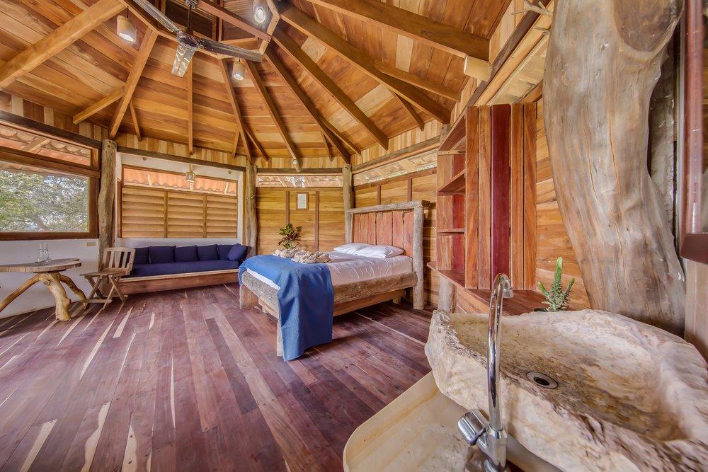 cabin 16.jpg
