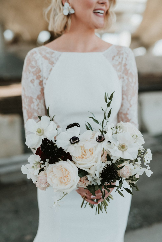 commonwealth-market-wedding-cambridge-ma_0016.jpg