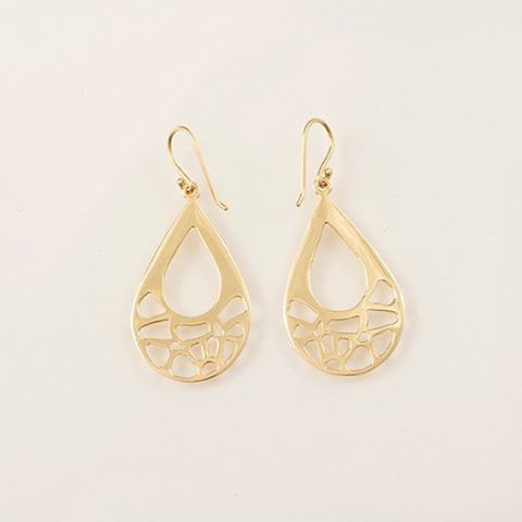 Our Beautiful 14K Gold Earrings. Link in bio to order now.