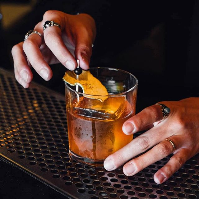 A perfectly executed old fashioned does wonders for the soul. @thenormandieclub