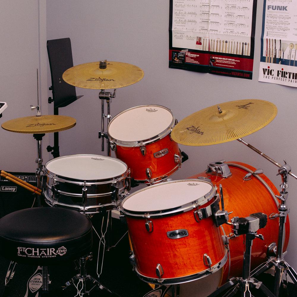 400px-Drumming_2.jpg