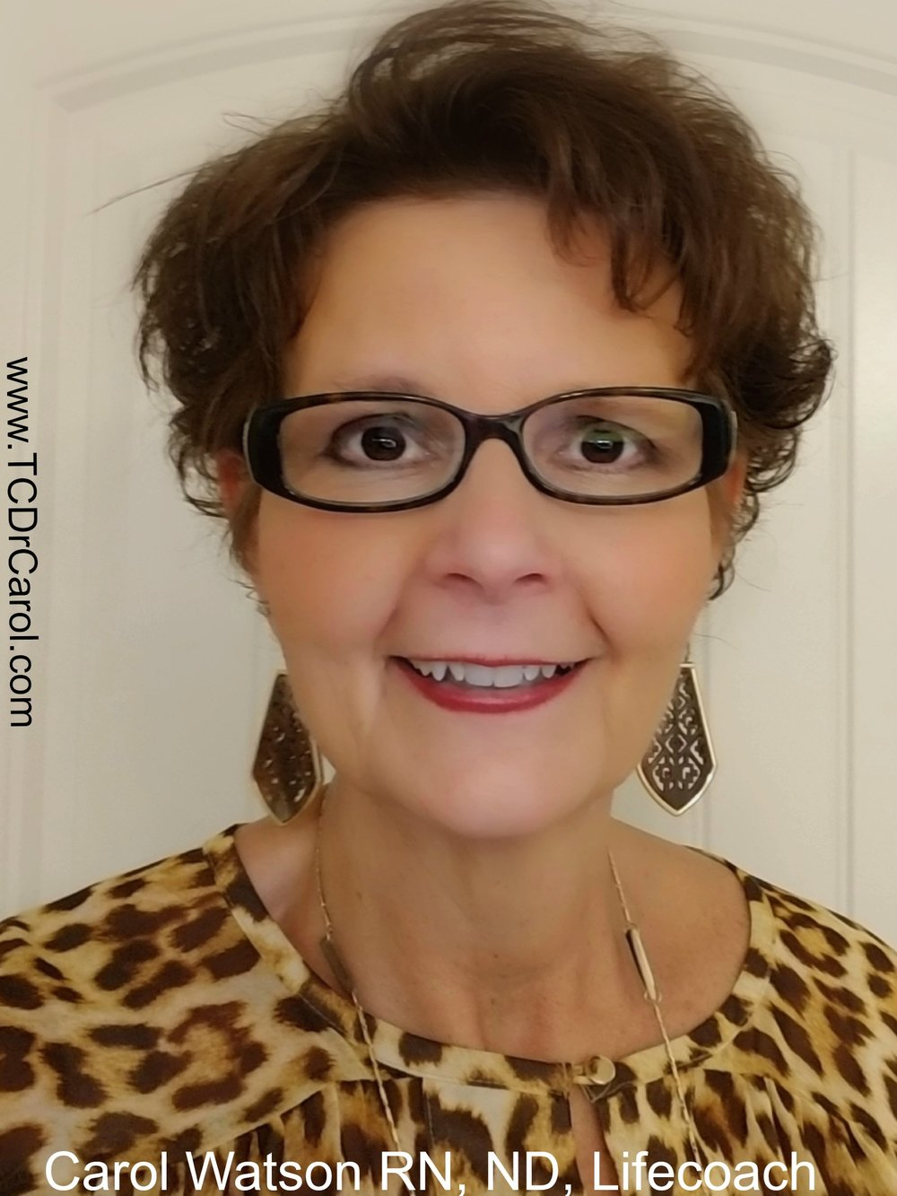 As a Transformational Lifestyle Coach, Trainer, Speaker and Workshop Facilitator, Dr. Carol empowers you with the skills and mindset to break through your walls. She will help you discover that you hold the keys that will unlock the door to your self-imposed prison. And she will equip you with tools and posture you to create a clear, purpose-filled path.