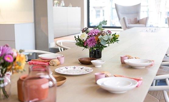 csm_bbrussels-bulthaup-showroom-styling-hannamoens-tafel-colour-zicht-01_4833783f84.jpg