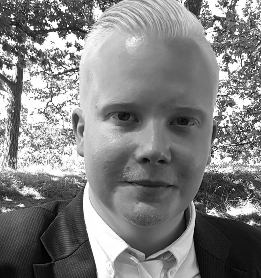 Anton (CTO) är en passionerad utvecklare med stort teknikintresse. Anton har under sin karriär arbetat med många olika typer av programmeringsspråk och ramverk. Under sin karriär har Anton byggt upp en gedigen kunskap inom .NET och Open Source och vet hur man bygger webbapplikationer och APIer som skalar och håller hög kvalité.