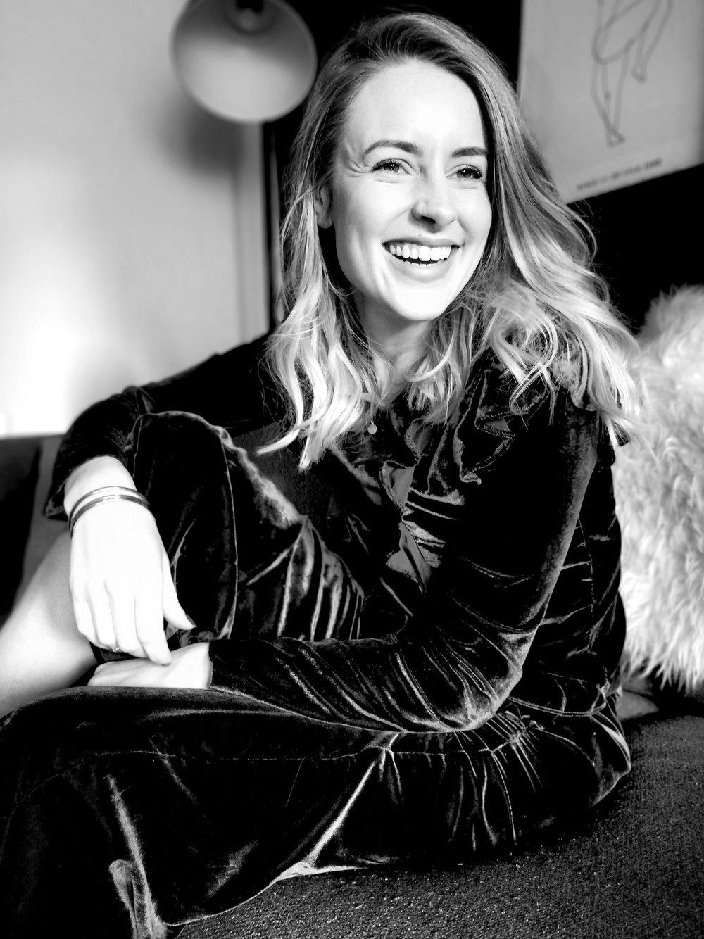 Emma Coogan    lifestyle & parenting content creator  Instagram