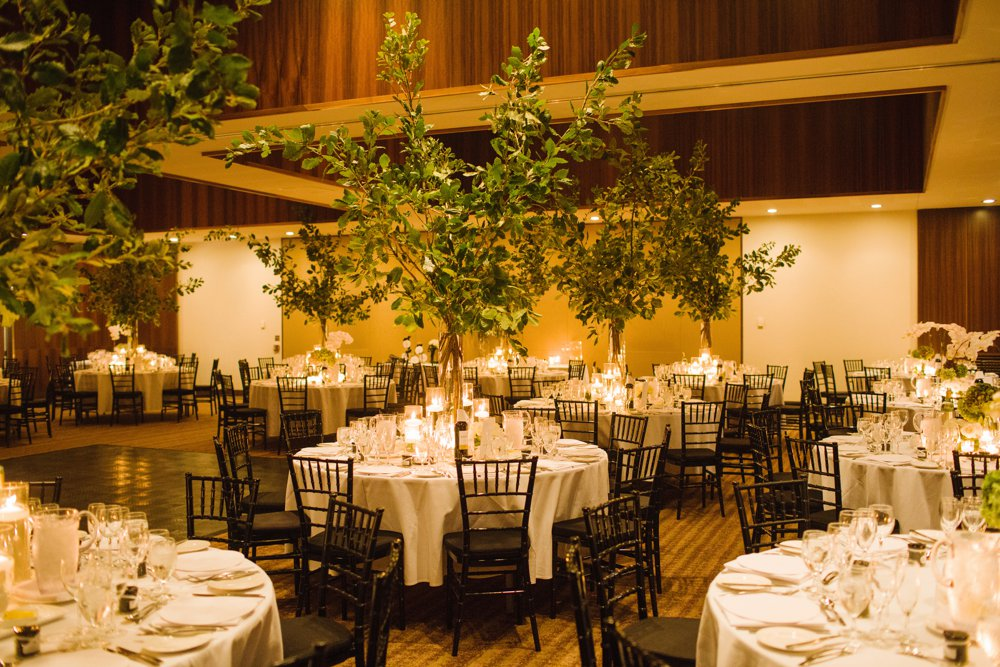11-uwa-club-modern-wedding
