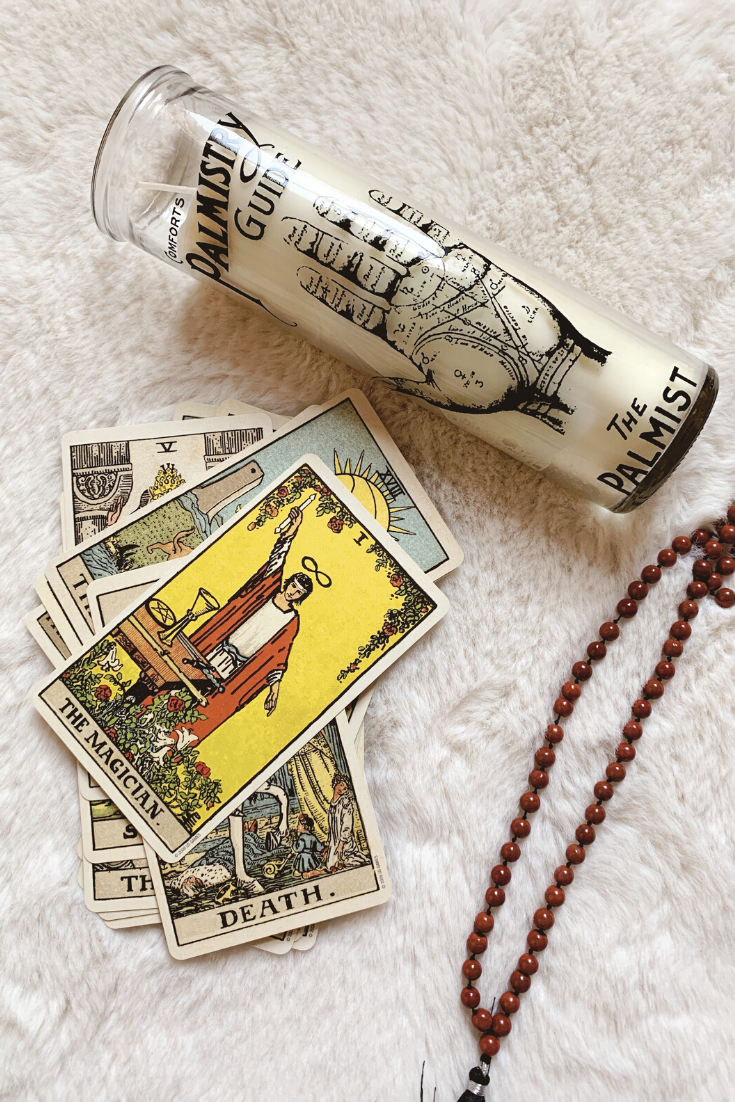 The Magician: Predictive Tarot Card Meanings — Lisa Boswell