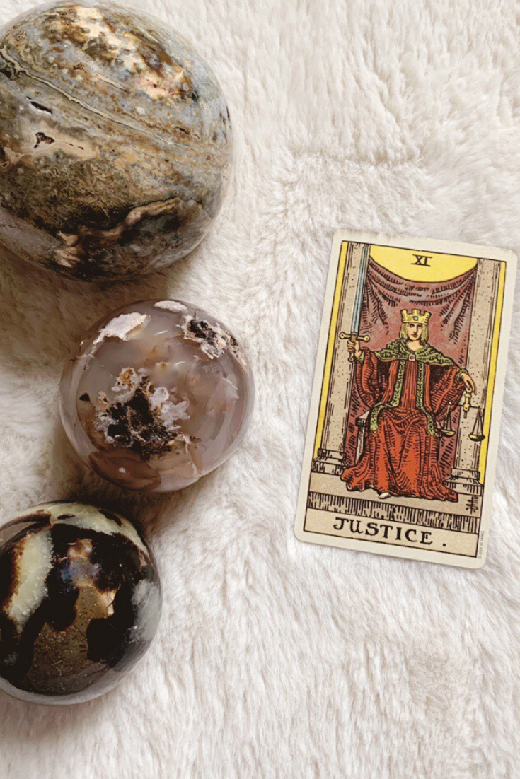 Justice: Predictive Tarot Card Meanings — Lisa Boswell