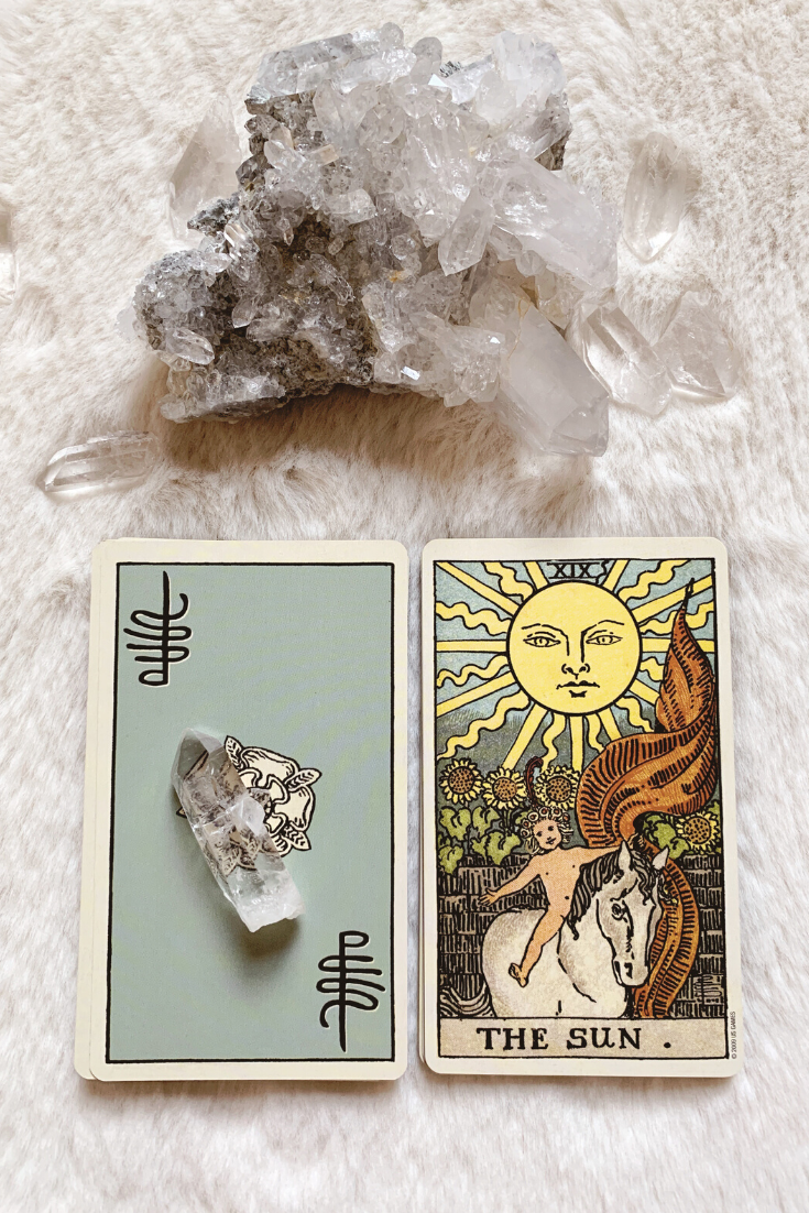 The Sun: Predictive Tarot Card Meanings — Lisa Boswell
