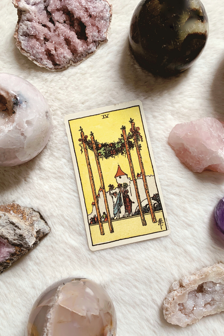 The Four of Wands: Predictive Tarot Card Meanings — Lisa Boswell