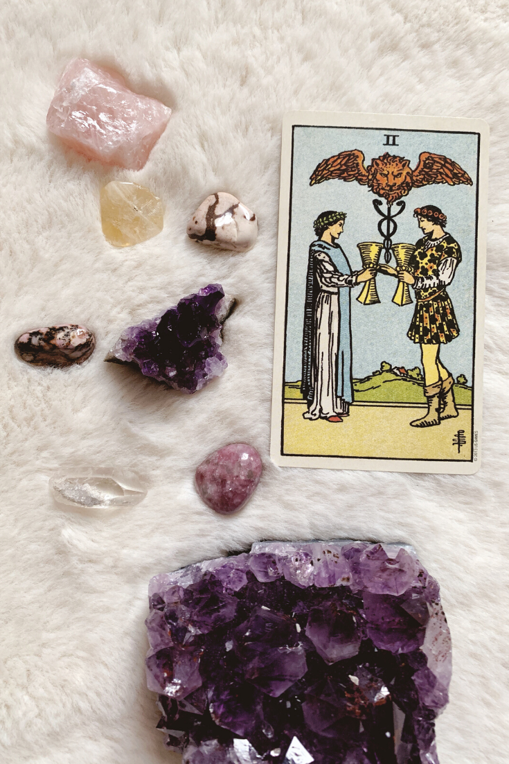 Two of Cups: Predictive Tarot Card Meaning — Lisa Boswell