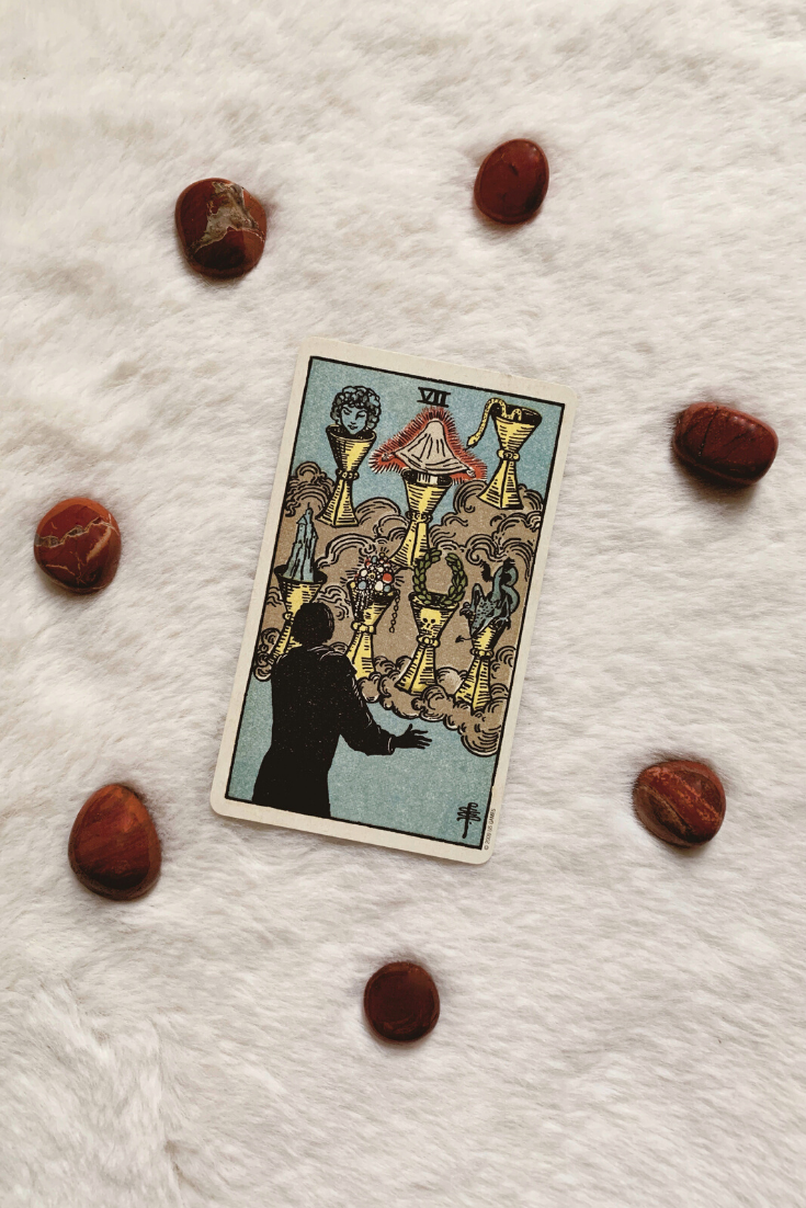 Seven of Cups: Predictive Tarot Card Meanings — Lisa Boswell