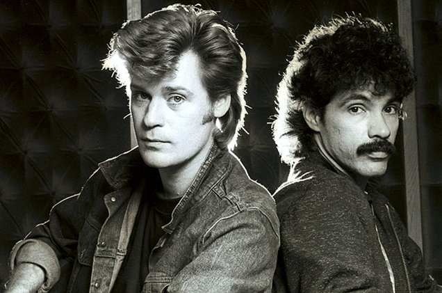 hall-and-oates-1982-billboard-650.jpg