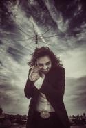 J Hacha De Zola as photographed by Robin Souma. Click for hi-res.