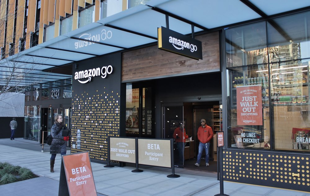 Amazon_Go_in_Seattle,_December_2016.jpg