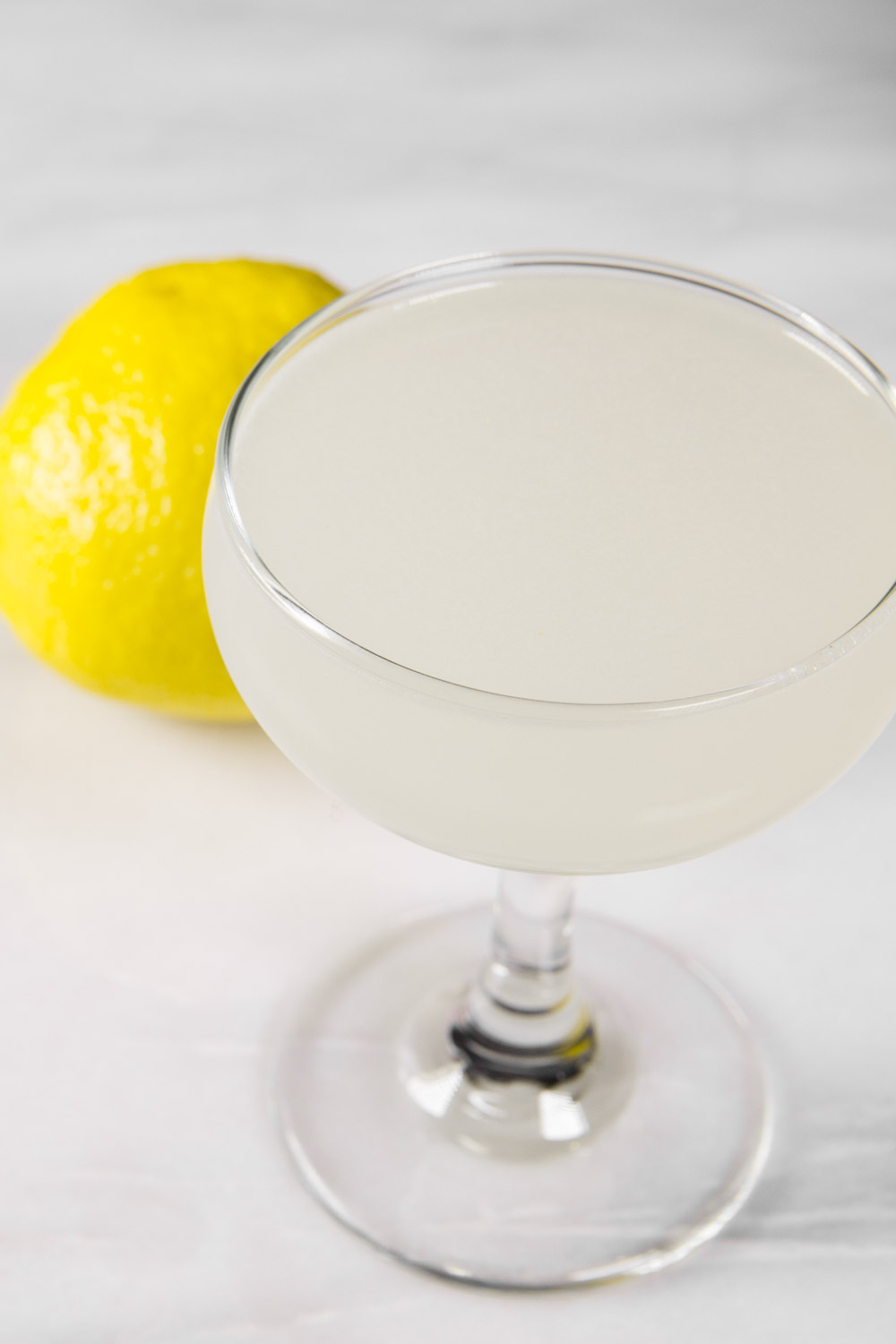 friends-with-booze-gin-sour.jpg