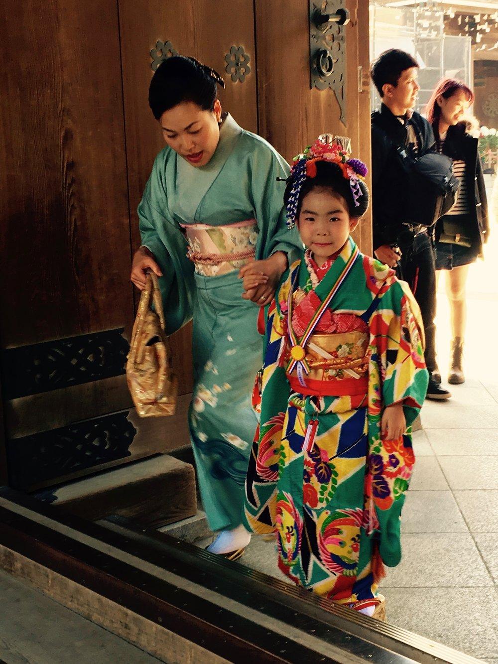 7-5-3 -juhlaa Meiji-pyhäkössä