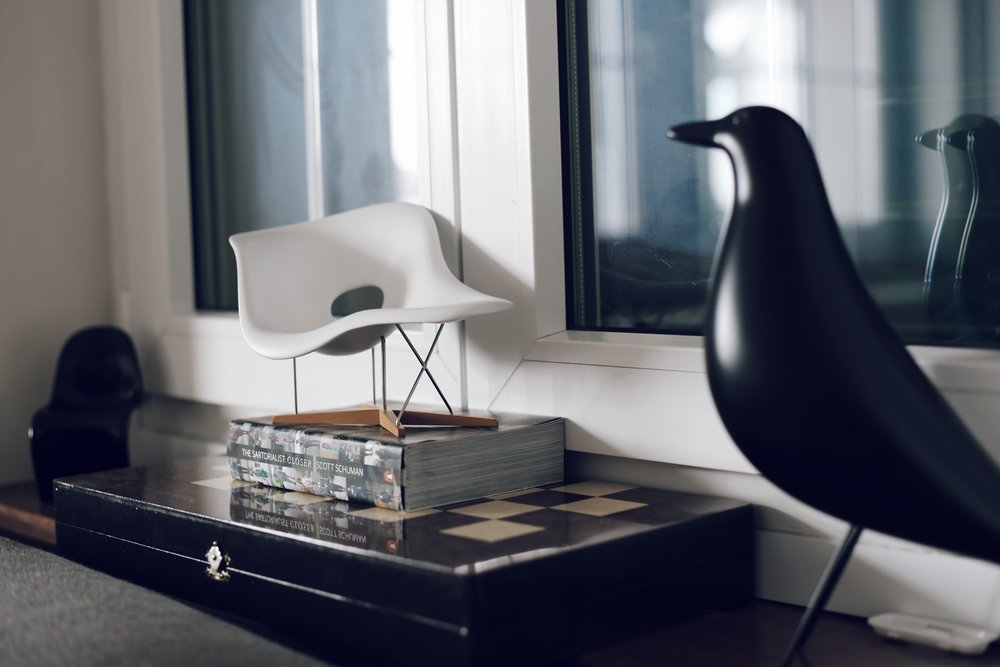Some details in our living room (Panton Chair & La Chaise Miniatures & the Eames House Bird).