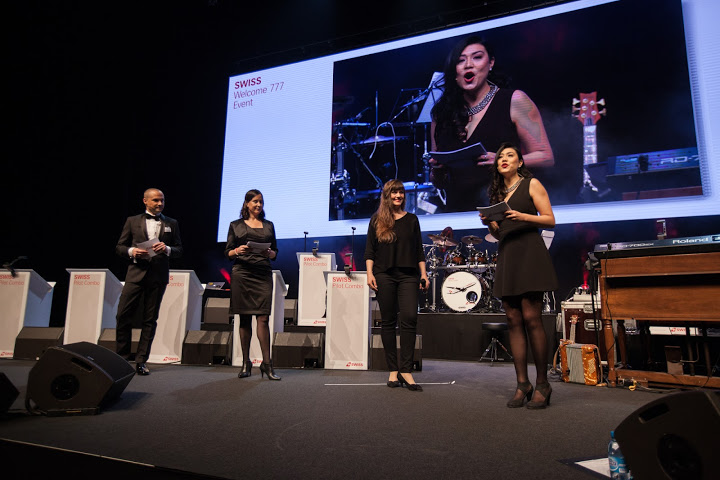 Moderating the Swiss Boeing 777 welcome party in Zurich.