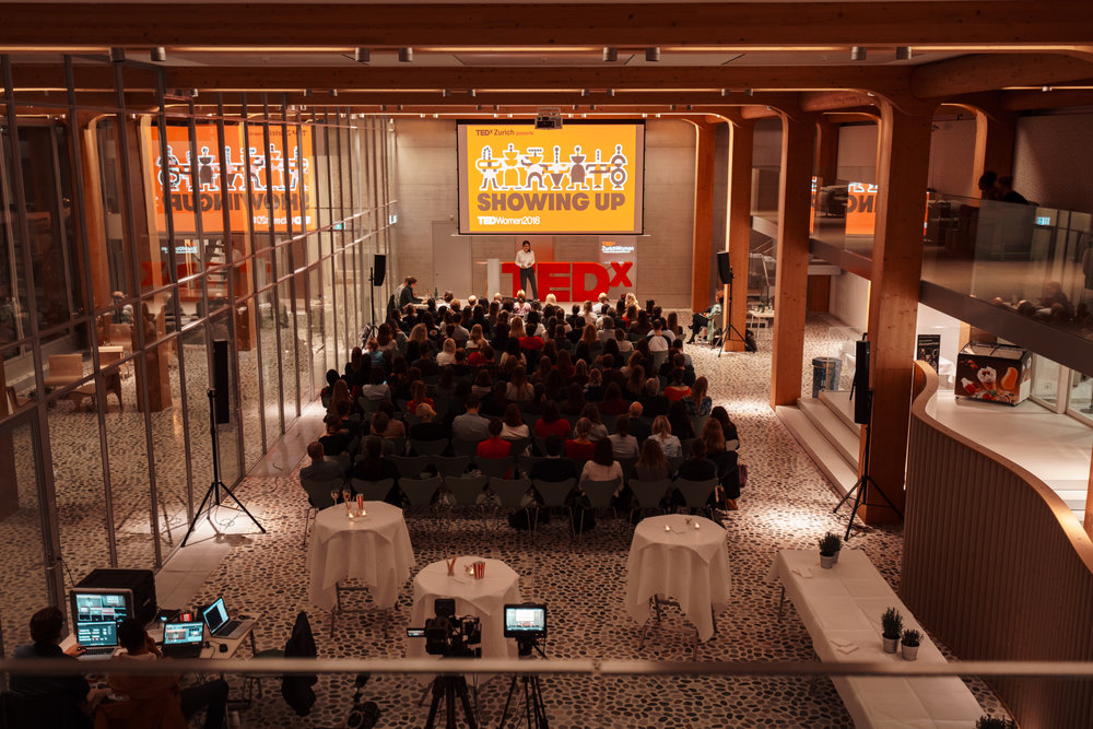 Hosting TEDxZurichWomen at Tamedia in December 2018 (Photo:  Sören Funk ).