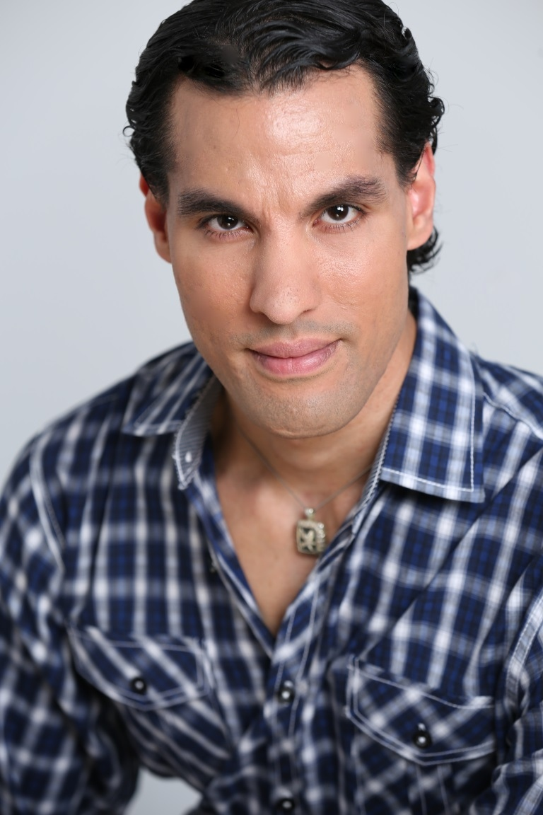 DAVID LEANDRO as Manny