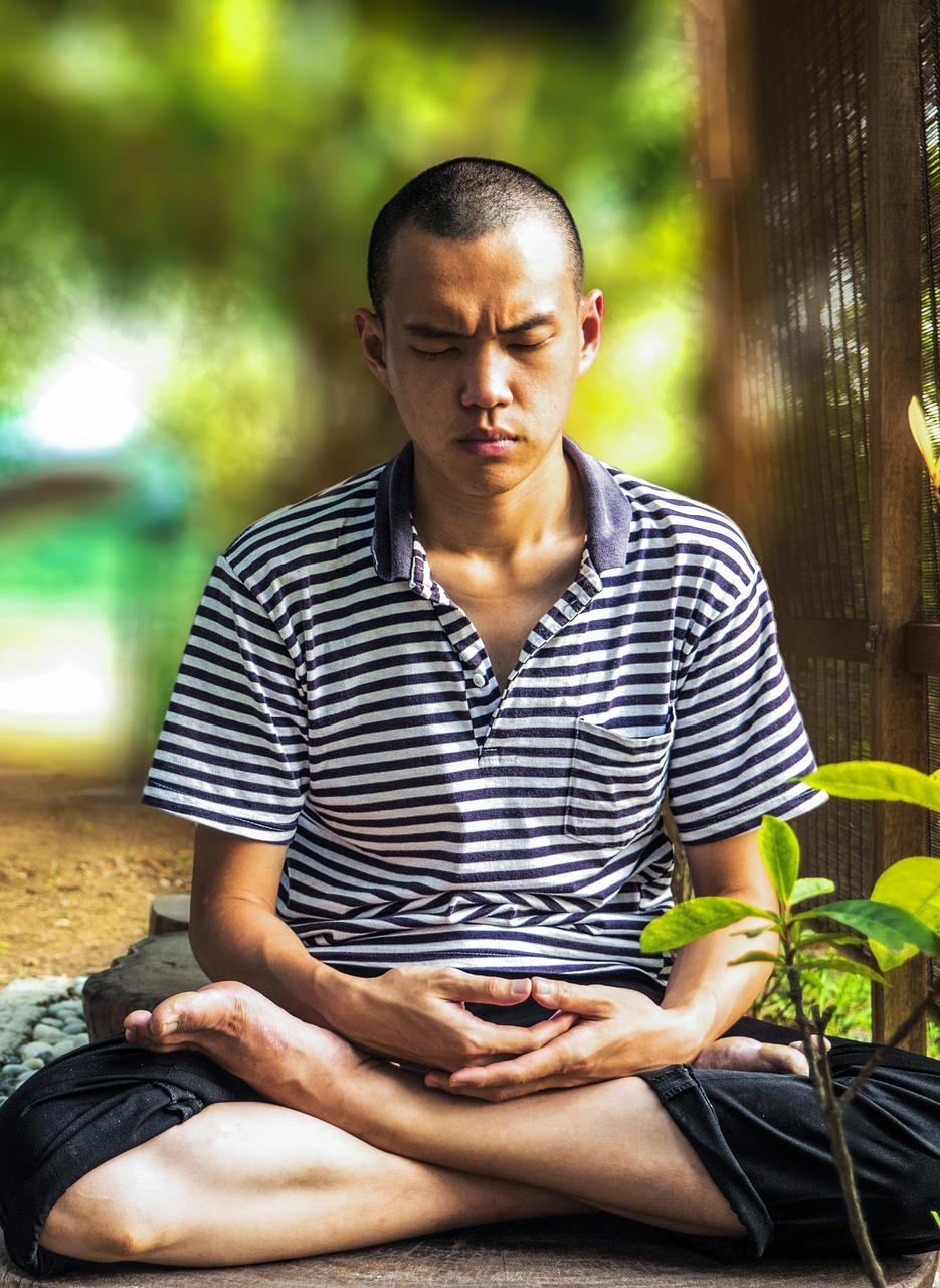 meditate-1955400_1280.jpg