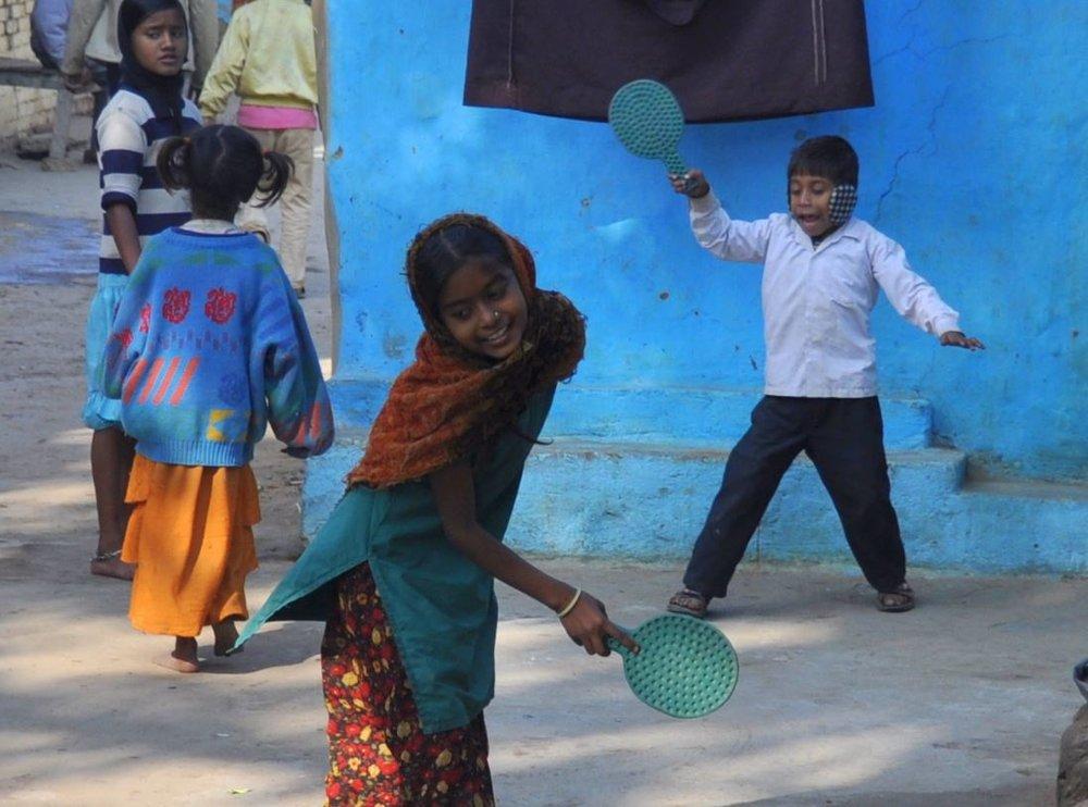 children playing in Bodhgaya.JPG