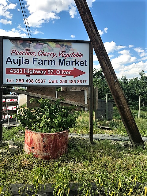 aujla-farm-market-oliver-okanagan-valley-vagabonds
