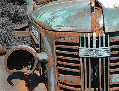 """""""Rusty GMC Grille"""" © Tara Tomaselli"""
